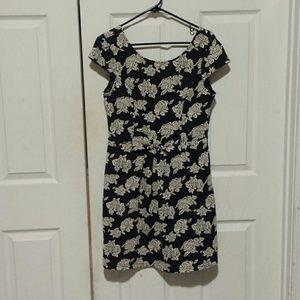 Lauren Conrad dress size Medium